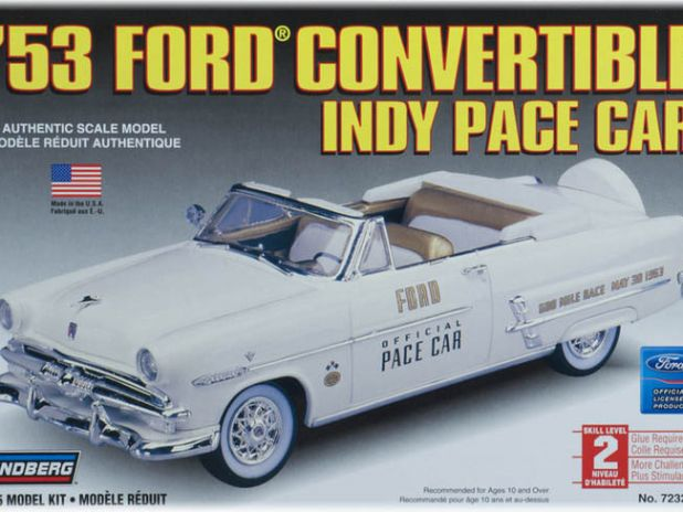 Model Plastikowy Do Sklejania Lindberg (USA) - 1953  Ford Indy Pace Car Convertible