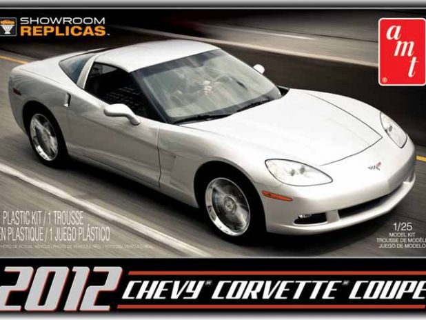 Model Plastikowy Do Sklejania AMT (USA) - 2012 Chevy Corvette Coupe Showroom Replica