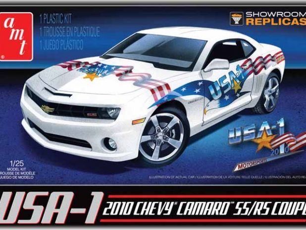 Model Plastikowy Do Sklejania AMT (USA) - 2010 USA-1 Camaro Model Kit