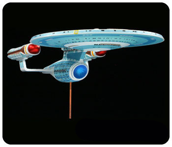 Model Plastikowy Do Sklejania AMT (USA) - Star Trek Enterprise 1701-C